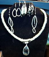<h2>Necklace & Earrings