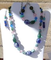 <h2>Large Blue Necklace, Bracelet, & Earrings Set