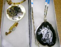 <h2>Painted Necklaces 14 </h2><p>April 5, 2009Photography by Awahili<br></p>