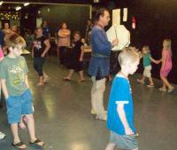 <h2>Circle Dance </h2><p>Photography by AwahiliMay 30, 2009<br></p>