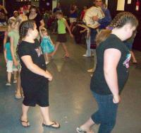 <h2>Circle Dance</h2><p>Photography by AwahiliMay 30, 2009<br></p>