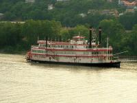 <h2>123. Belle of Cincinnati </h2><p>Photography by AwahiliJuly 11, 2009Bellevue, KY<br></p>