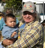 <h2>Member of Sky Hawk Drum & Grandchild</h2><p>October 11, 2009Photography by Wahiya<br></p>