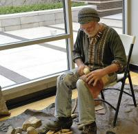 <h2>Knapping Demonstration 1 </h2><p>Johnny Faulkner<br></p>